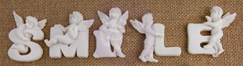 White Resin Angel Embellishments – Smile (5 pieces per pack)